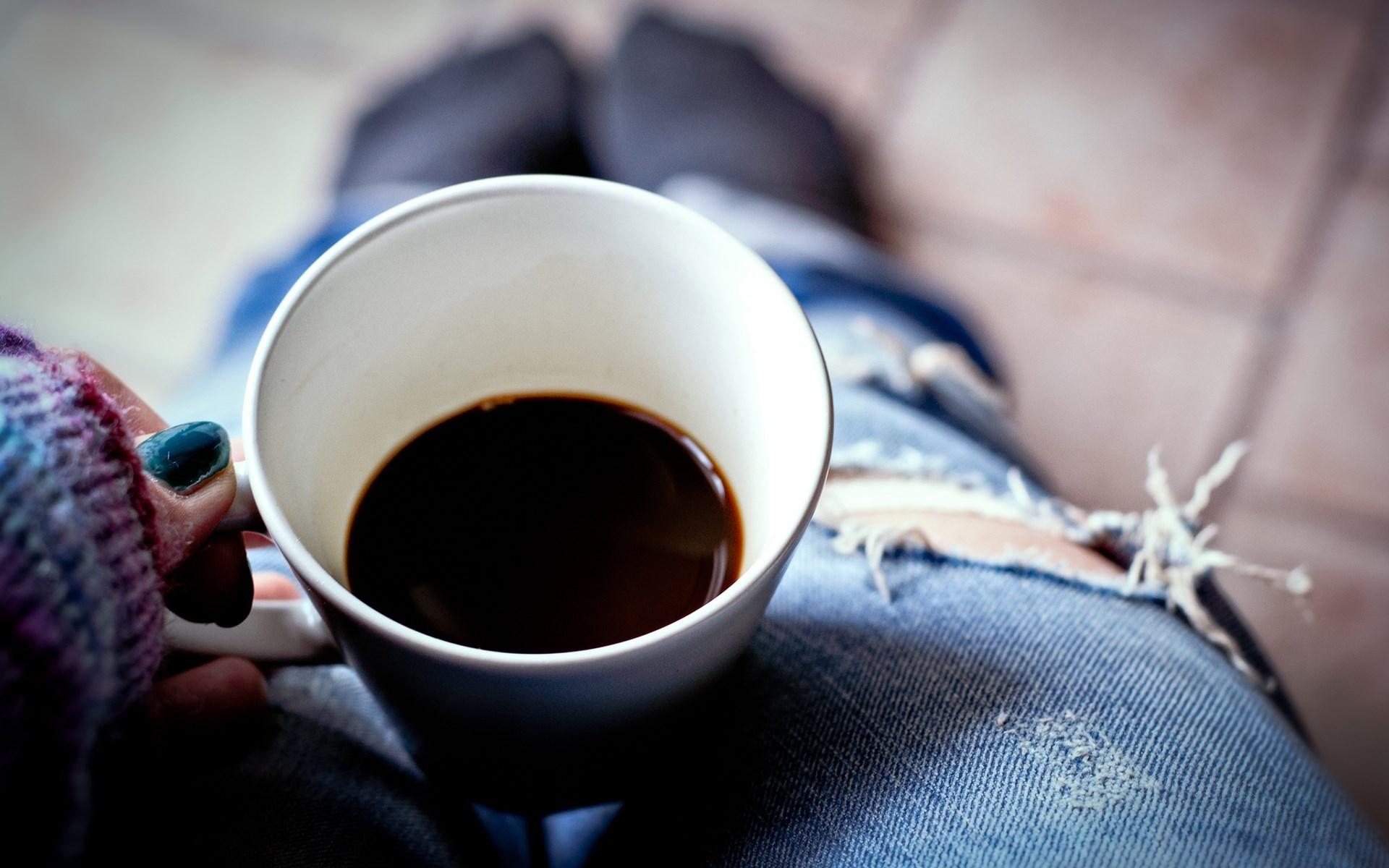 mug-coffee-girl-1920x1200