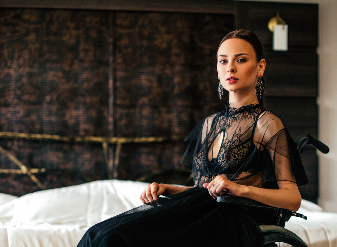 Невероятно горячий русский панк девочка любит грубый секс
