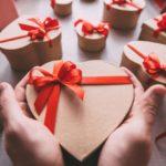 День Святого Валентина, новый айфон и любовь до гроба или как трансформировались отношения